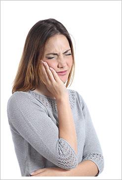 傳統植牙方式VS.低疼痛雷射3D導航植牙